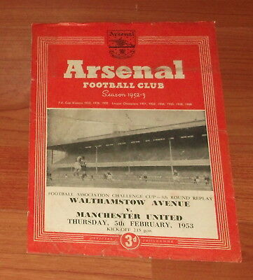 1953 Walthamstow Avenue V Manchester Utd.. Fa Cup Programme.