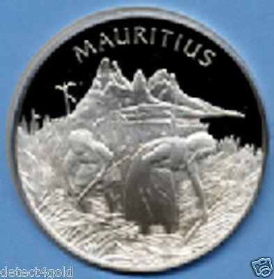 Mauritius Solid Sterling Silver Coin Medal W/ Postage Stamp Cover UN