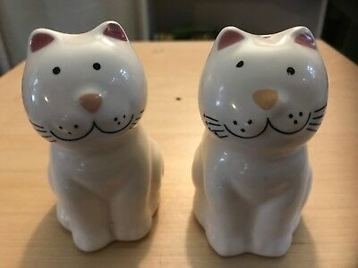 Cozy Cats Collection #22410 Ceramic Salt&pepper Shakers~1989 Brazil