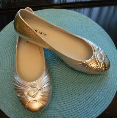 ce819a084013 STEVE MADDEN BEIGE Leather Size 7 Women s Slip On Shoes Gently Used ...