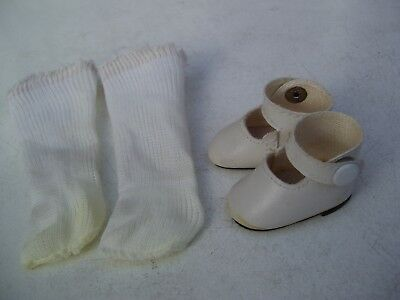 Alte Puppenkleidung Schuhe Vintage White Lashed Shoes Socks 40 cm Doll 5 cm
