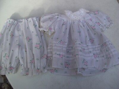 Alte Puppenkleidung White Flowery Dress Outfit vintage Doll clothes 40 cm Girl