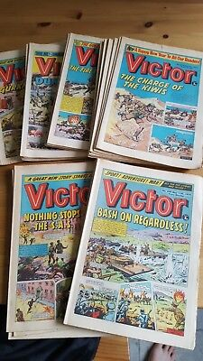 Collection Victor comics from 1974 x 25 Consecutive Issues No: 672 - 696