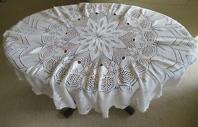 Vintage KNITTED TABLECLOTH circular delicate cloth knitted in fine white cotton