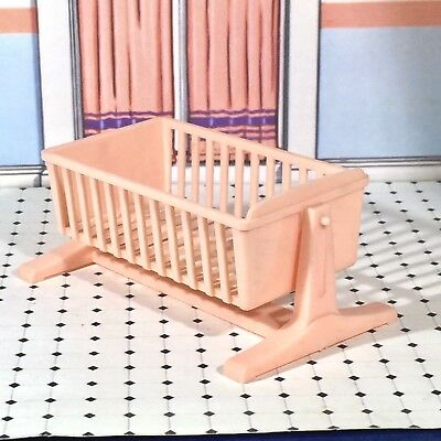 Ideal Toys CRADLE that ROCKS Vintage Nursery Dollhouse Furniture Renwal 1:16