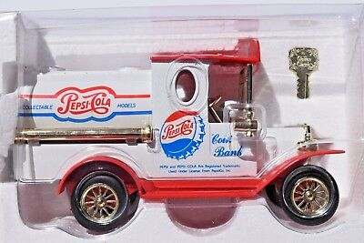 NIB Pepsi Cola Coin Bank LIMITED EDITION DIE CAST Truck Golden With Key Red Blue
