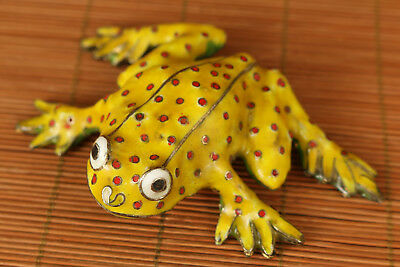 Rare Japan Old Cloisonne Handmade Carved Yellow Frog Statue Figure gift