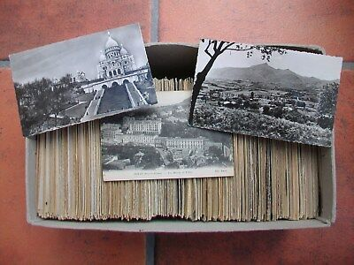 Job Lot of Approx. 750  (3.25 Kg)  of Old Foreign Postcards.