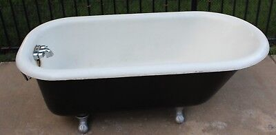 Antique Claw Foot Bath Tub Cast Iron Vintage with Clawfoot Design