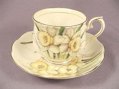 Royal Albert Daffodil Cup & Saucer Set Flower of Month Series Bone China Gold #3