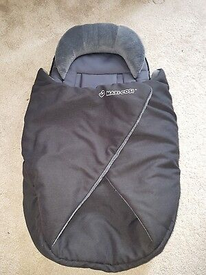 Maxi Cosi Newborn Nest/ Cocoon Footmuff Cosytoes works with Quinny/ Phil & Teds