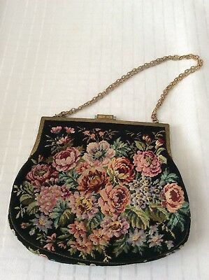 Vintage Needlepoint Embroidered Tapestry Purse Hand Clutch Bag Purse. Rare