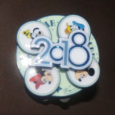 Pin Trading Disney Pins 2018 Year To Be Here Spinner Mickey Minnie Donald Goofy
