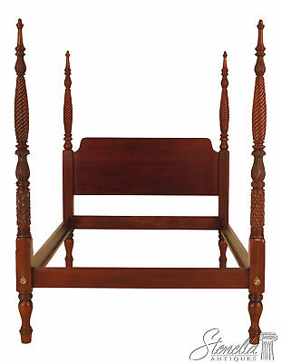 46024EC: HICKORY CHAIR CO Queen Size Mahogany Plantation Bed