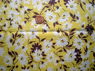 DAISIES on YELLOW Vtg FEEDSACK Quilt Sewing Doll Clothes Craft Cotton Fabric