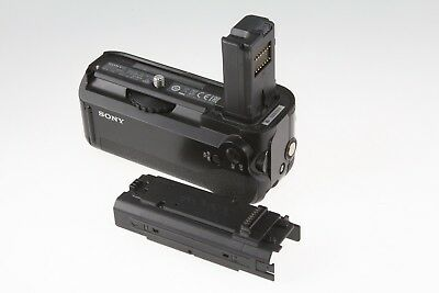 Genuine Sony VG-C1EM Vertical Battery Grip for Alpha A7 A7R ILCE-7 ICLE-7R