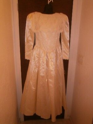 Halloween Costume Vintage Jessica McClintock Wedding Dress & Veil size 10 Ivory
