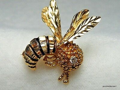 Bumble Bee Pin with diamond Fine work and design 14k yg 2.6 dwt  Dia...03 ctw