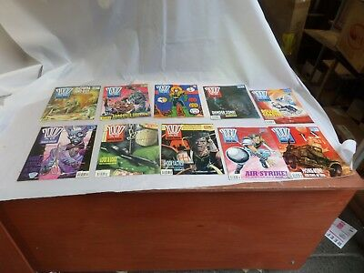 Job Lot Off 10 Early  2000 Ad Featuring Judge Dredd Comics 686 To 695