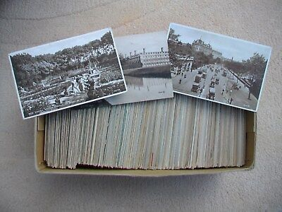Job Lot of Approx. 675  (3 Kg)  of Old British Postcards.