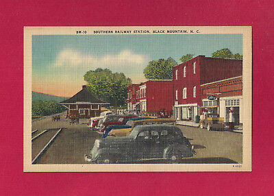 Black Mountain, NC pc Southern Railway Sta ca 1950, old cars, service station