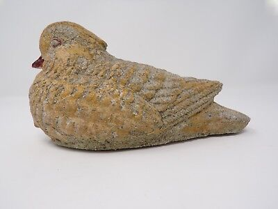 Vintage Cenebt Concrete Bird Dove weathered yard garden art  280