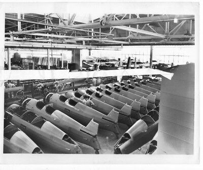 Boeing photo 12832 Boeing Stearman Kaydet USAAC PT-18 Production Line