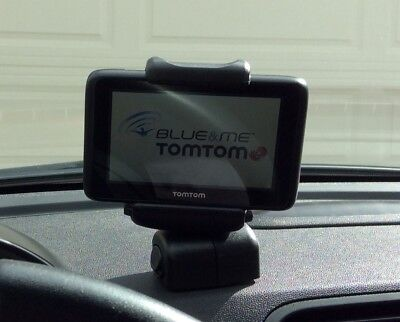 Fiat 500 500e TomTom Navigation - TomTom Blue & Me Automotive Mountable