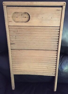 "VINTAGE RUSTIC ANTIQUE WOODEN LAUNDRY ""MAN CAVE"" WASHBOARD in AF COND"
