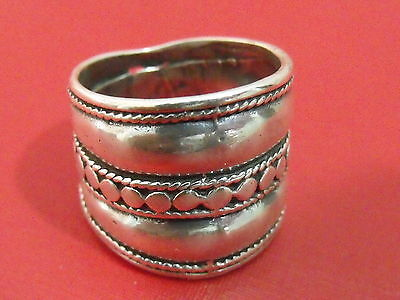 Vintage ethnic silver sterling 925 antique hand made modern ring size 6.5 (TB)