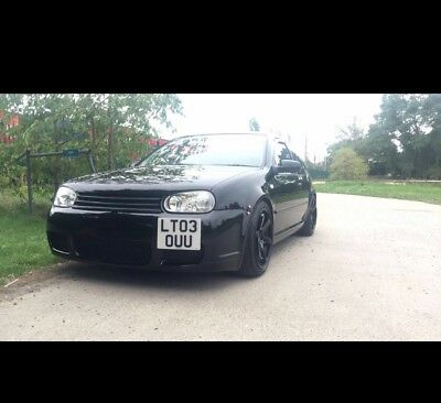 vw golf mk4 modified.   (mk5 r32 lowered)