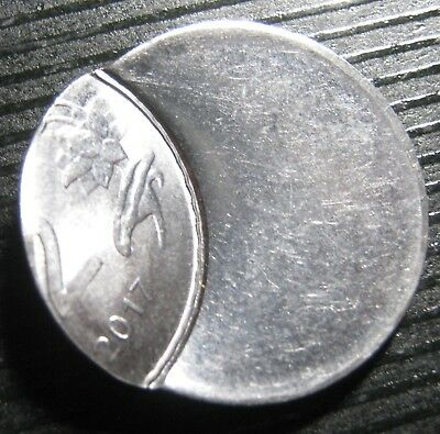 India Two Rupee 2017 Mistrike Die Shift Coin Error  .  Mb2