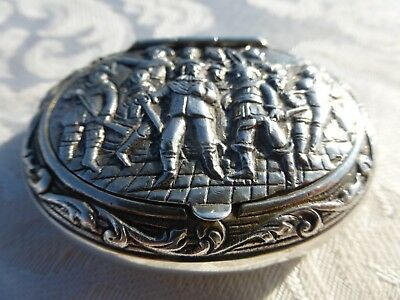 AMAZING ANTIQUE 19th Century DUTCH STERLING SILVER Snuff BOX Detailed