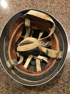 ORIGINAL WW2 BRITISH PARATROOPER HELMET LINER & CHINSTRAP DATED 1944 Normandy