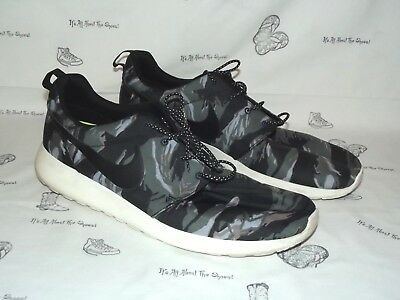 9c9c08cba718 MEN S NIKE ROSHE Run A Bathing Ape Bape Sz 9.5 Custom 100% Authentic ...