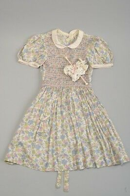 Young Girls 1950s' Summer Dress With Smocking. Ref 405
