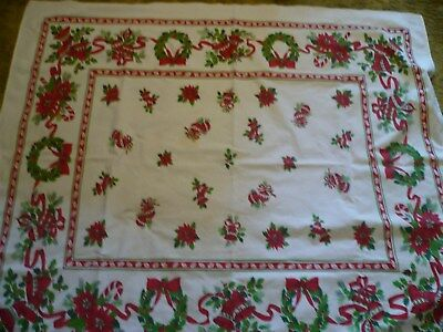 """Beautiful Vintage 53""""x60"""" Poinsettia Decorated Tablecloth, Used"""