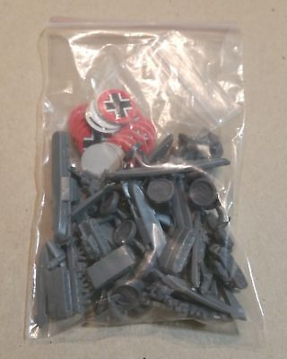 Vintage AXIS AND ALLIES second edition parts - GREY / GERMAN ARMY - MB 1987