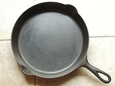 Antique O.P. & CO. Orr Painter Reading PA Cast Iron Skillet # 9, Sits Flat