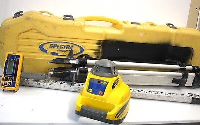 SPECTRA LL300 Self-Leveling Rotary Laser Level w/Rod/Tripod/Manual in Hard Case