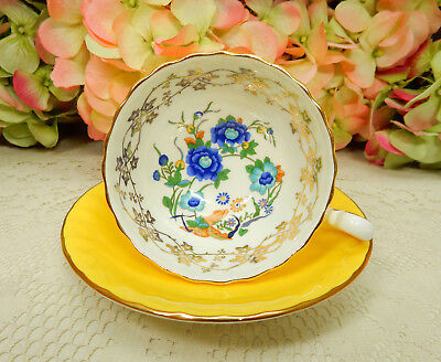 Beautiful Aynsley Porcelain Bone China Cup & Saucer ~ Yellow Gold Floral Flowers