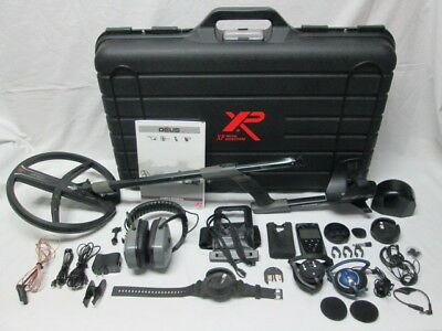 "XP Deus Metal Detector V4.0 with 11"" Coil, Wireless Headphones & Case"