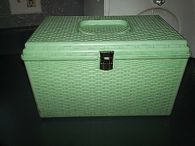 vtg seafoam green Wilson Wil-Hold large Sewing Box Plastic Basket Weave 2 Tray