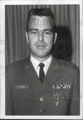 1968 Press Photo Capt. Anthony L. St. Amant, was awarded the bronze Star Medal.