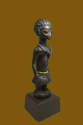 A Very Fine Old Yoruba Female sculpture, African Art