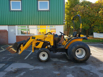 JCB 335HST Compact Tractor with Front Loader