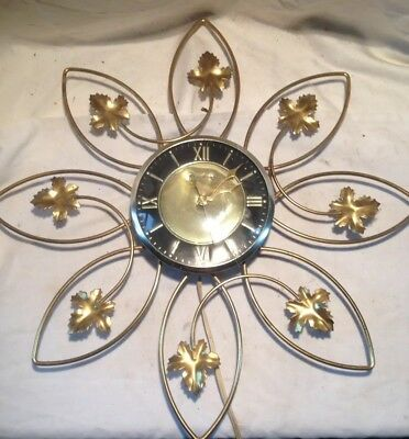 1950's 1960's Vintage Mid Century Retro Broadway Wall Clock Wire Maple Leaves