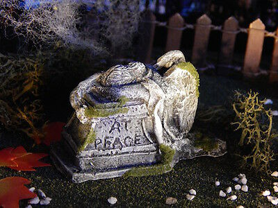 .Halloween TOMBSTONE ~ Grieving ANGEL ~ crying at grave, Dept 56 Lemax miniature