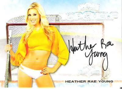 2014 Benchwarmer Hockey Authentic Autograph Trading Card Heather Rae Young
