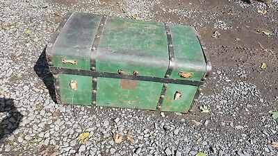 "Super Civil War Era ""Jenny Lind""  Trunk W/Beautiful Green Leather"